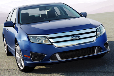 2010 Ford Fusion front angle