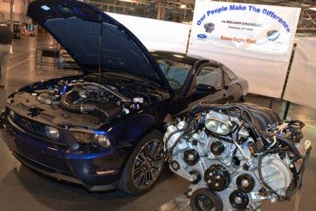 Ford Romeo engine plat 10,000,000th V8